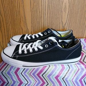 Converse All Star men's 10 women's 12